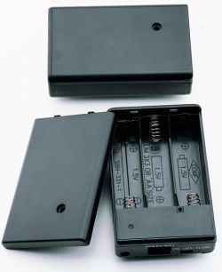 3 Cell AA Battery Holder With Cover and Lead Wires
